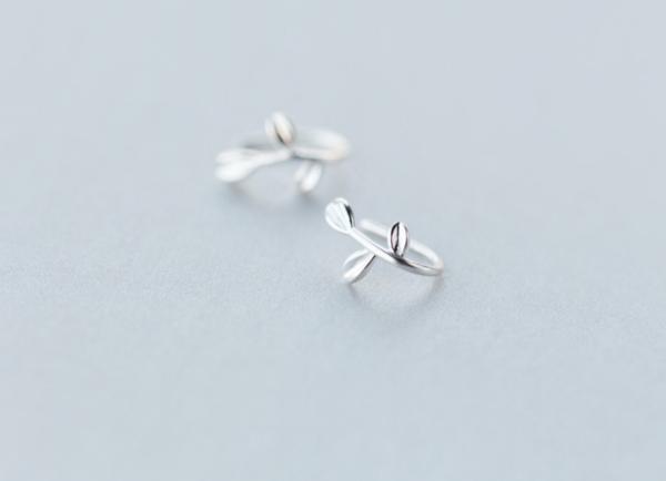 Earrings - Alyssa - 925 silver leaf cuff earring3.jpg