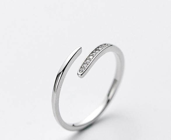 Ring - 925 silver - cubic zirconia detail - Merrill