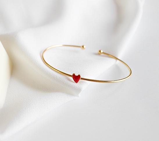 Signature line - 18k Gold Plated 925 STerling SIlver - Scarlett bracelet